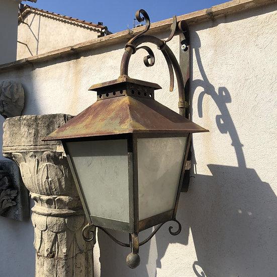 Lampe d'extérieure d'époque