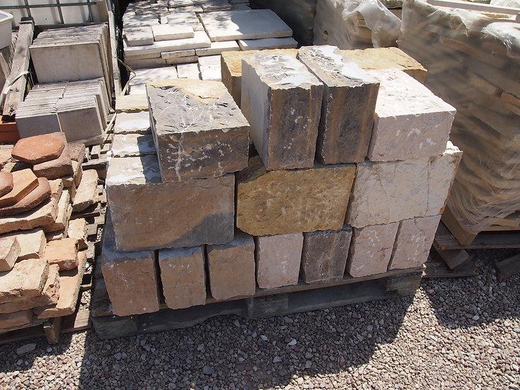 Piliers pierre
