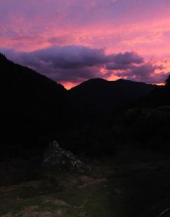 山の夕日.jpg
