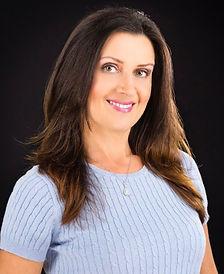 Elena Lavander for email signature.jpg
