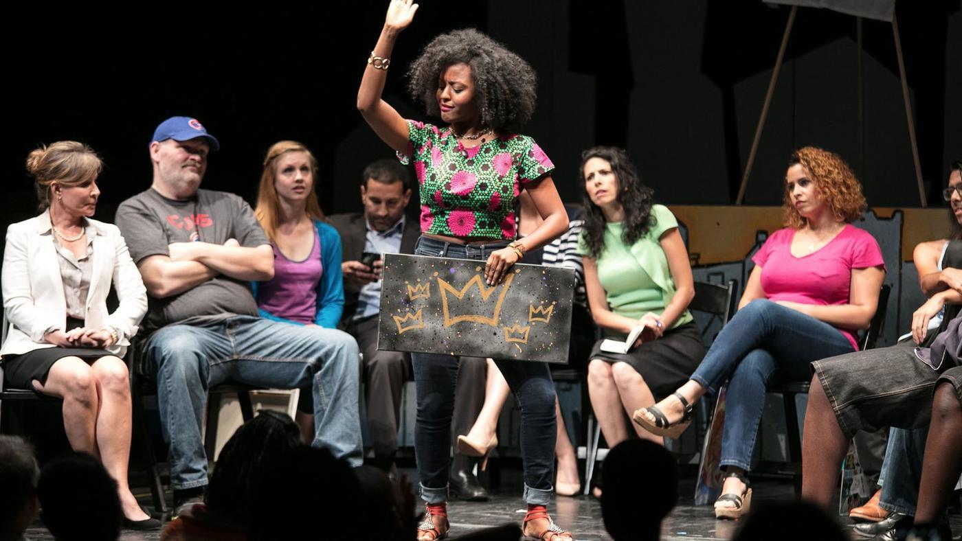Kaye Winks and the Cast ofHoods (Photo credit:Joel Maisonet)