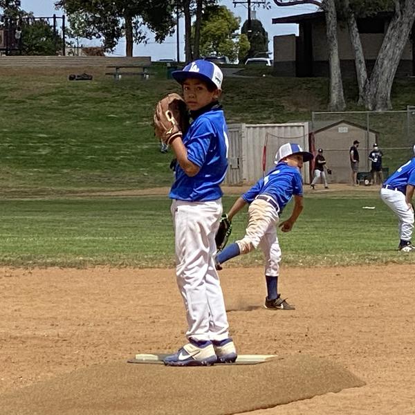 David Rojas pitching