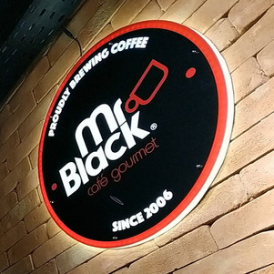 MR. BLACK CAFÉ GOURMET
