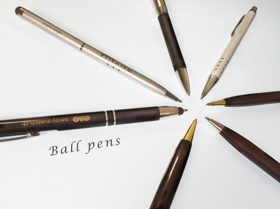 metal pen.jpg