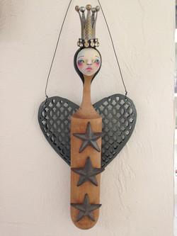 Angel Queen
