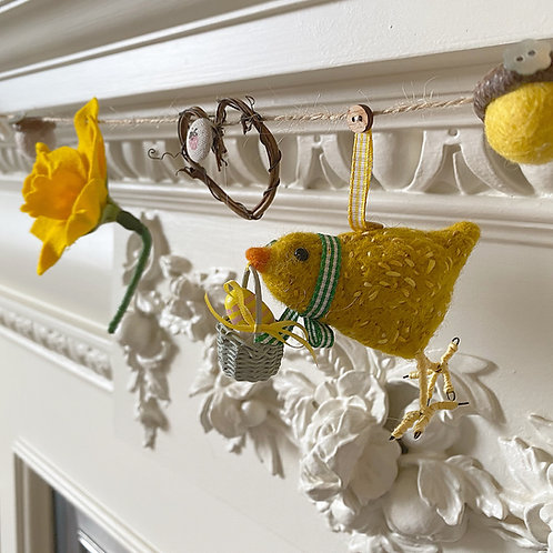 Easter garland ... Blossom chick