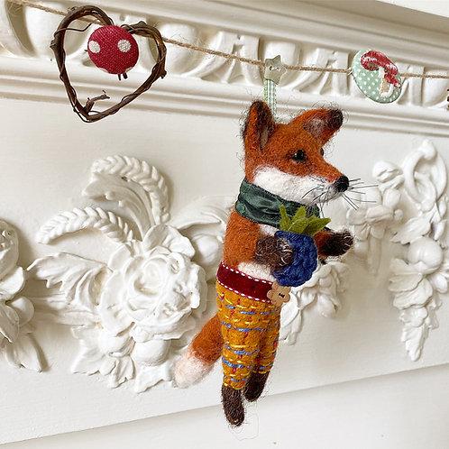 Autumn garland ... Frankie fox