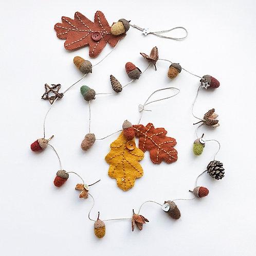 Oak leaf garland