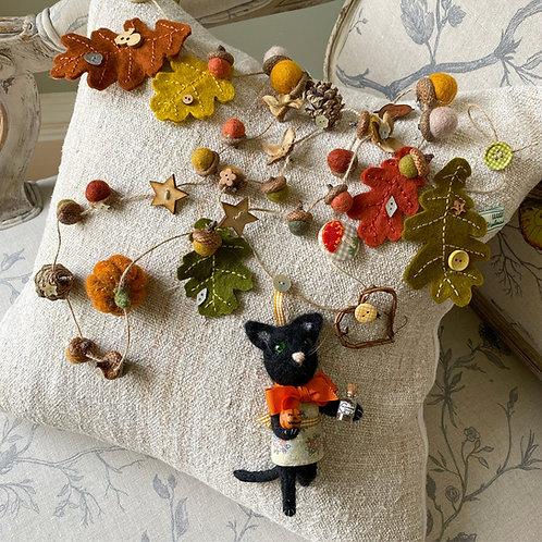 Autumn garland ... Meg the cat