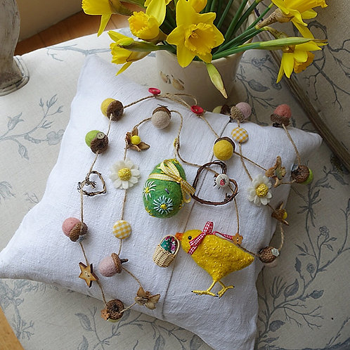 Easter garland ... Sunny chick