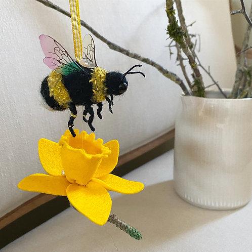 Blaze bee