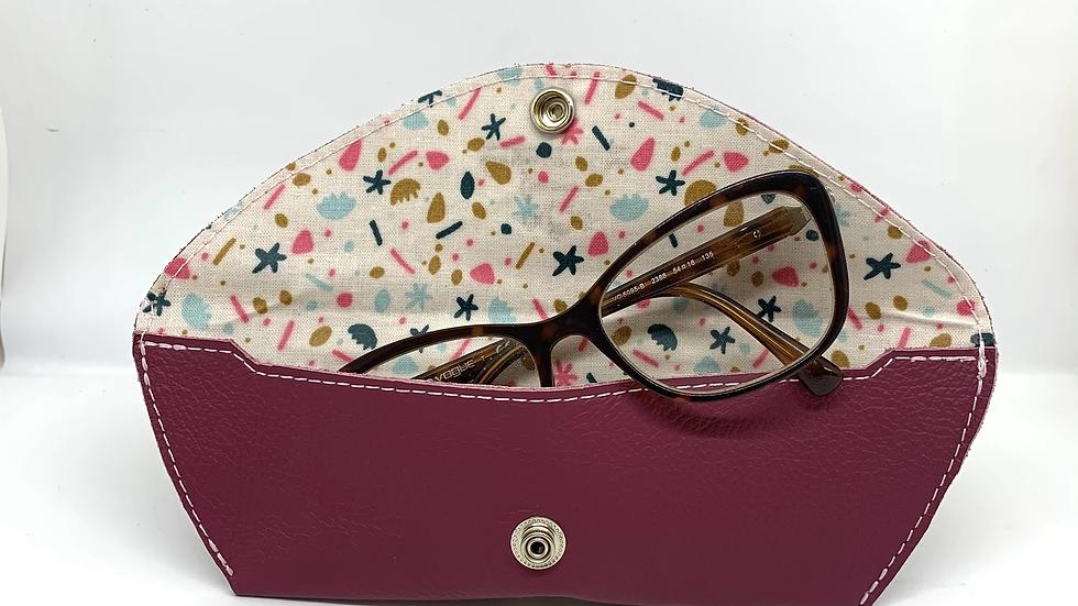 Étui à lunettes avec rabat