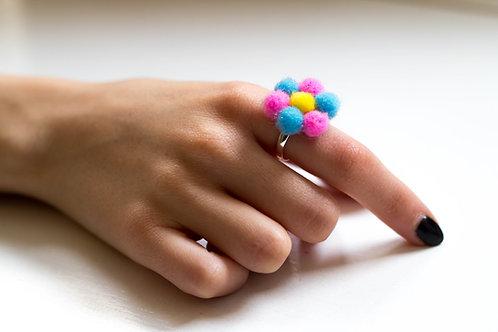 Pom Pom Flower Ring