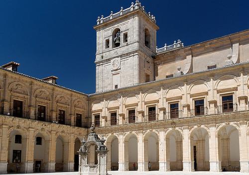 Monasterio de Ucles, Claustro