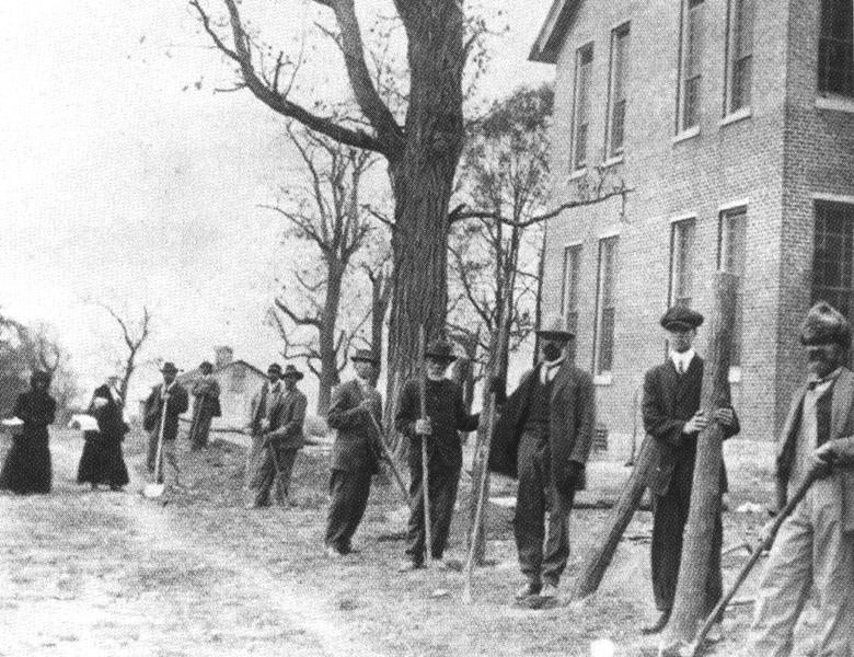 Old Hill School+men.jpg