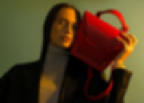 red leather handbag it bag