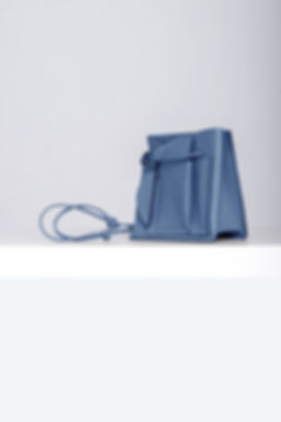 blue leatherbag bucketbag designerbag