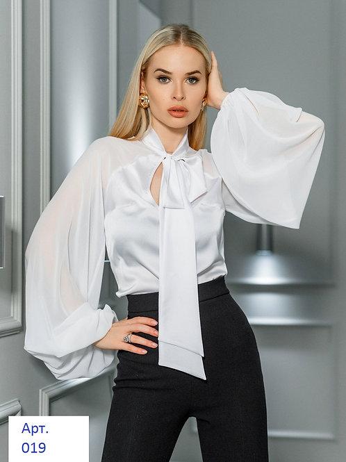 Элегантная шелковая блуза классического кроя