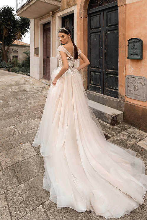 Пышное свадебное платье Арт.025