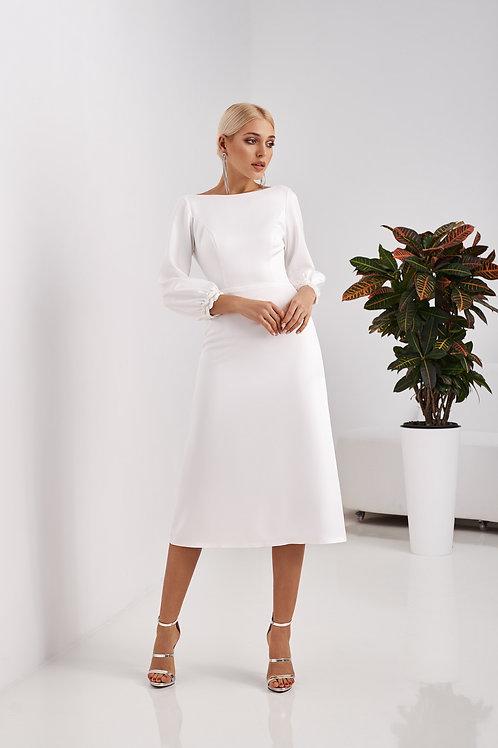 Приталенное свадебное платье- миди Арт. 057