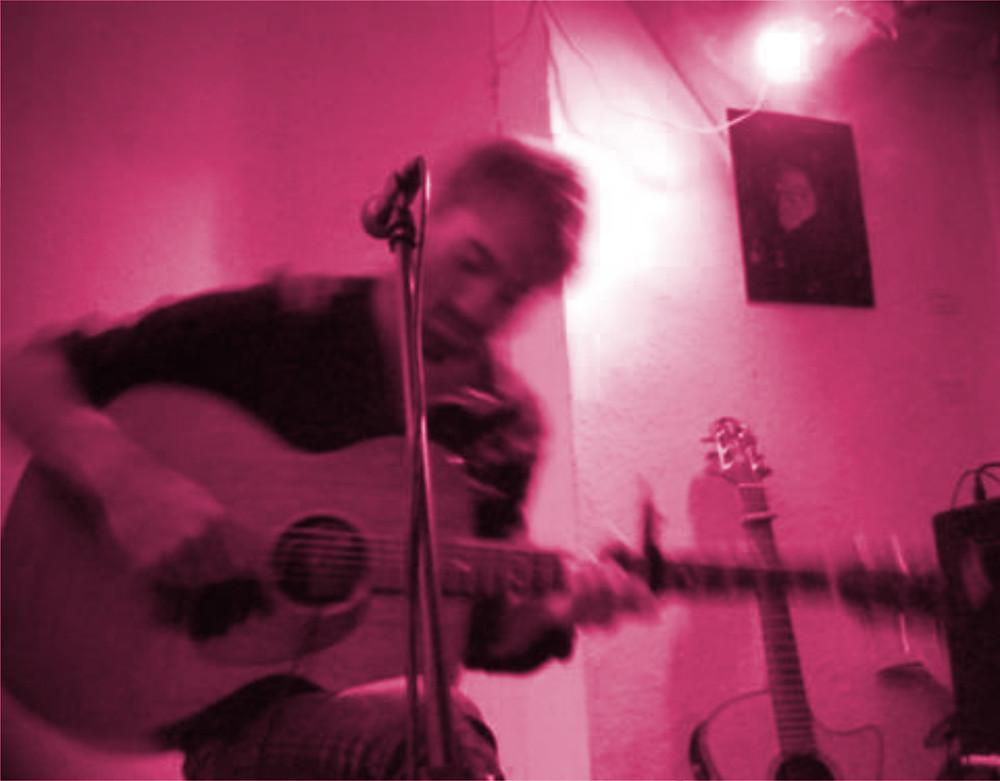 Tim Schmidt photographed in Bremen Concert - foto by Haruko -