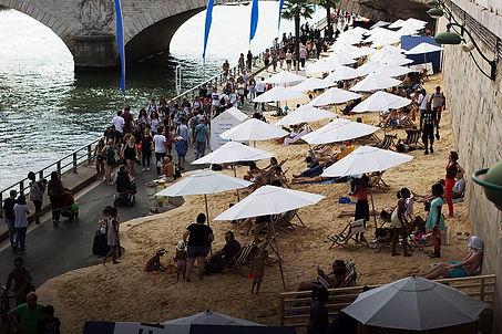 Beach in Seine River, Paris