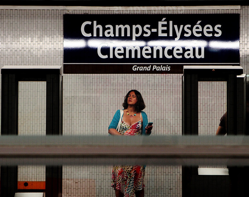 Emy Sato photography and illustrations - champs elysees clemenceau
