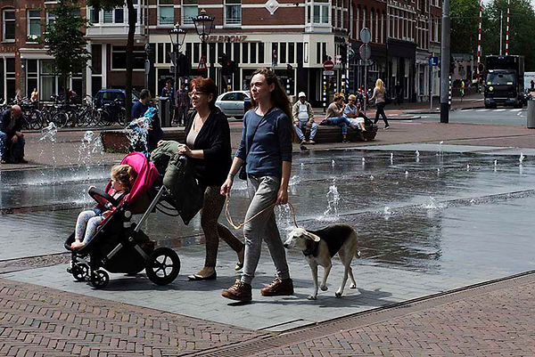 Amsterdam family kid and dog  - Emy Sato Photograhy & Illustration