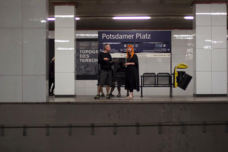 Berlin Metro Uhban EMY SATO ILLUSTRATION ILUSTRAÇAO PHOTOGRAPHY FOTOGRAFIA ART