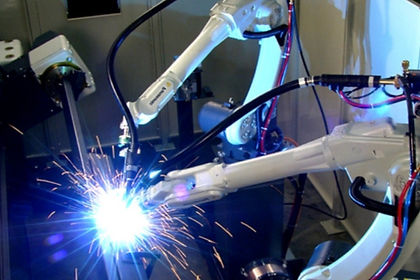 Robot%25252520Welding_edited_edited_edit