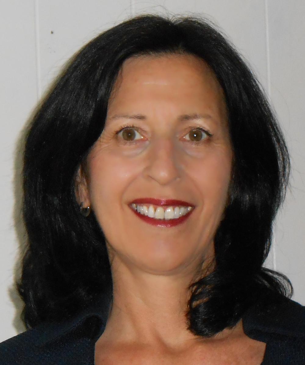 Teresa Kahler.jpg