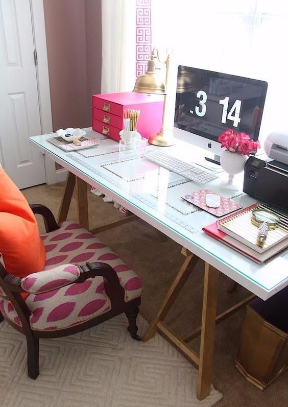 porta como mesa de escritório