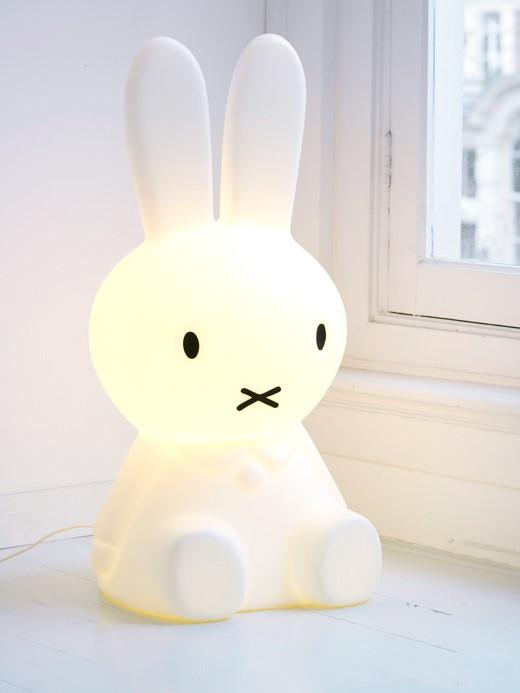 luminária de mesa de coelhinho