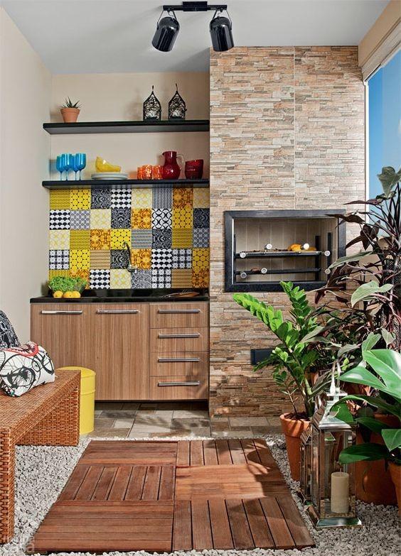 prateleiras, adesivos e cores para seu espaço gourmet