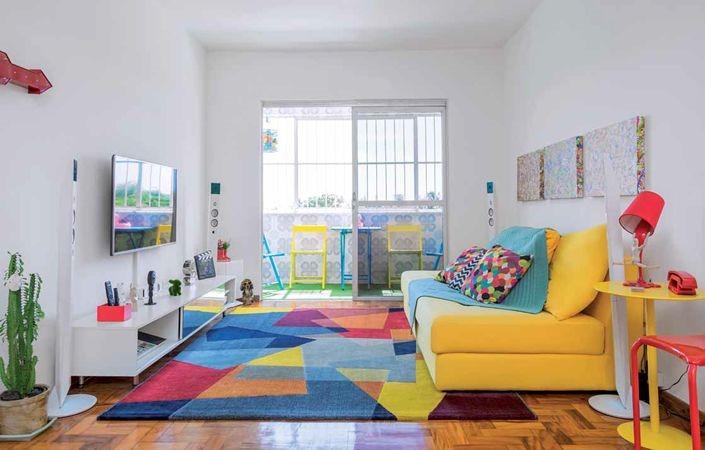 invista em tapetes para decorar seu apartamento alugado