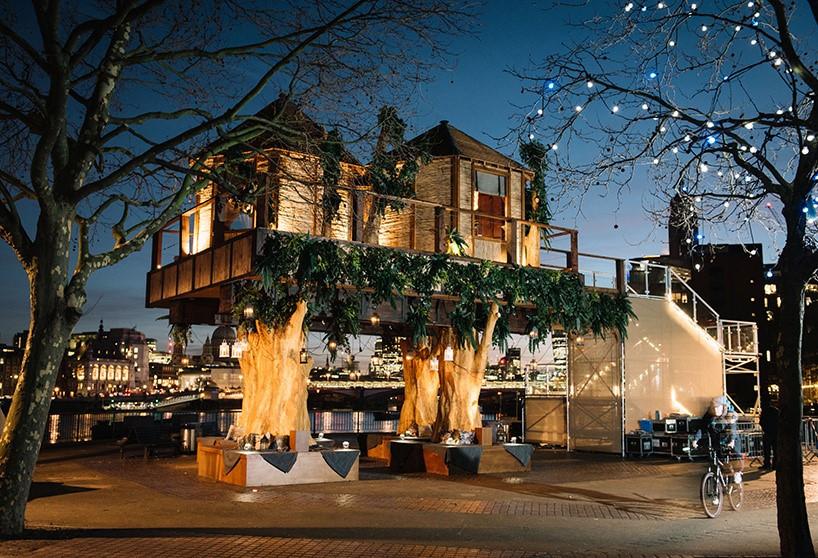casa na árvore em espaço público