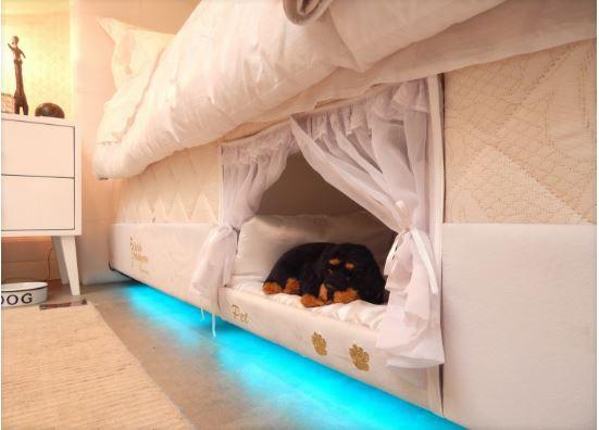 nicho embutido na cama para seu PET