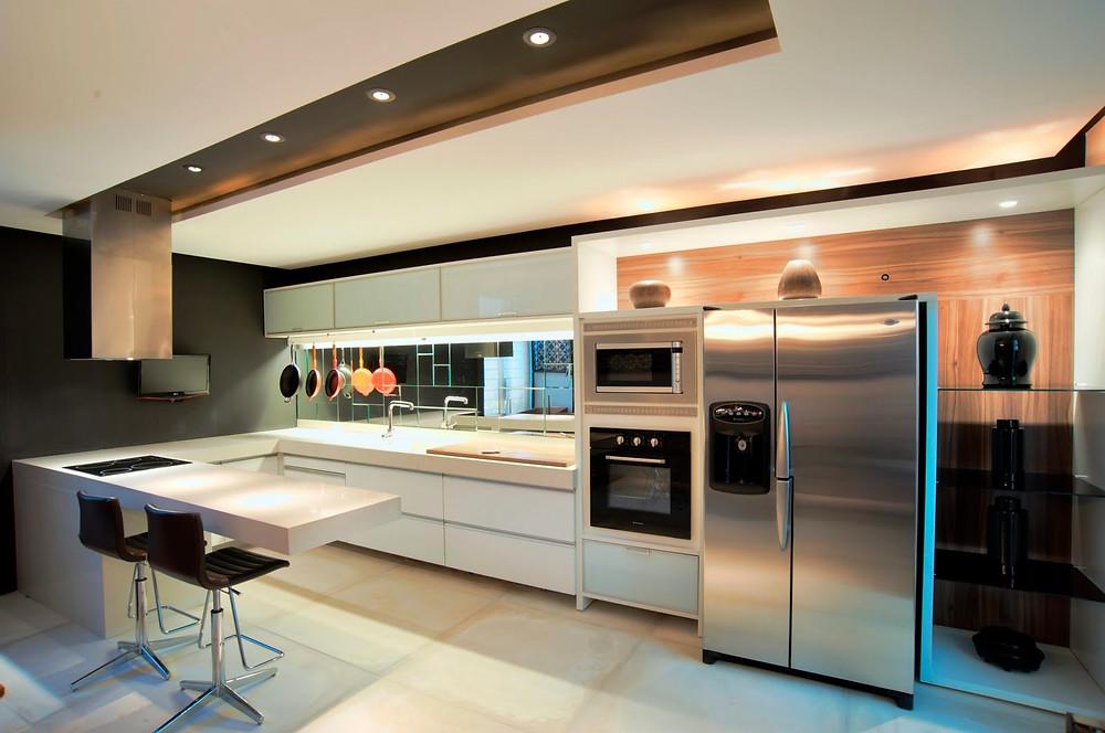 Cozinha organizada e moderna