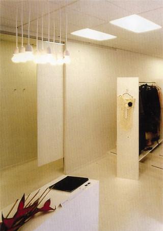 Könrøg interior desk & fitting room