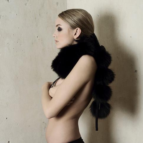 Fox pompon scarf