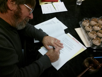 01-06-15 - The Honorable Alan Hooks, Mayor of Blue Mound, Signs Agreement with Monarch Utilities for