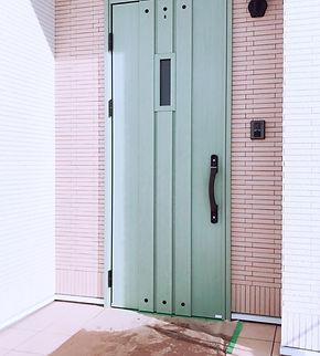 玄関ドアミストグリーン.JPG