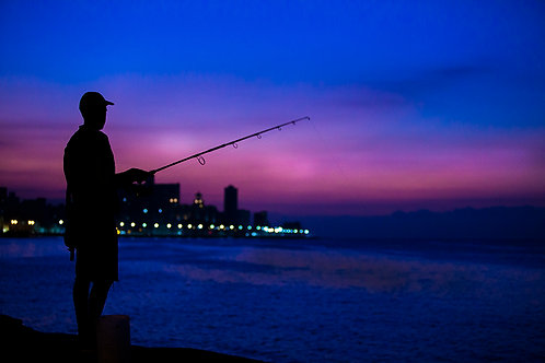 FISHING AT EL MALECON