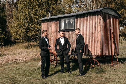 groomsmen at wilderness weddings venue in Kent