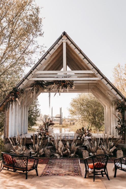 ceremony hut at wilderness weddings