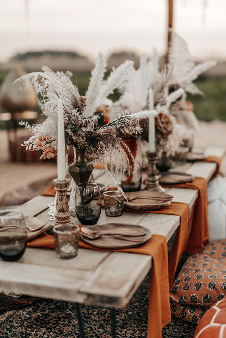 boho reception table at wilderness weddings venue