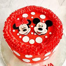MICKEY & MINNIE MOUSE CAKE 🍰🐭 this ado