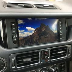 "Range Rover l322 alpine 9"" screen"