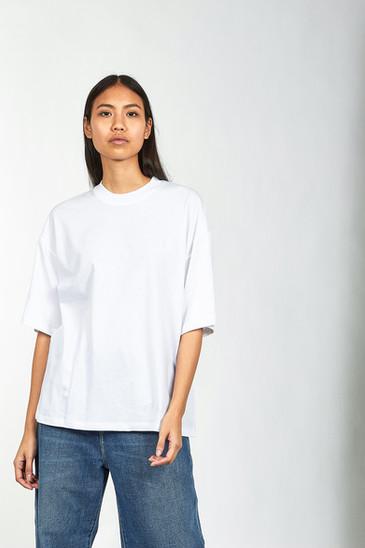 HHV Female Model product