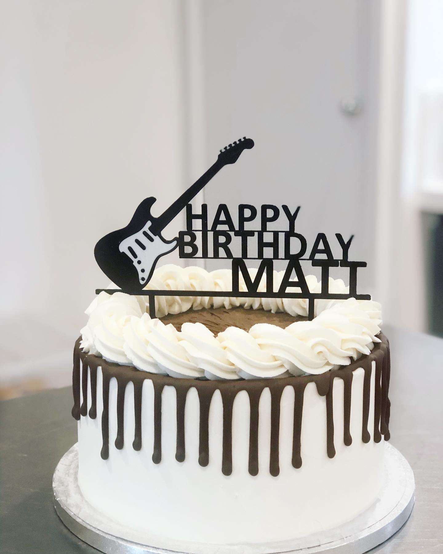 drip guitar cake